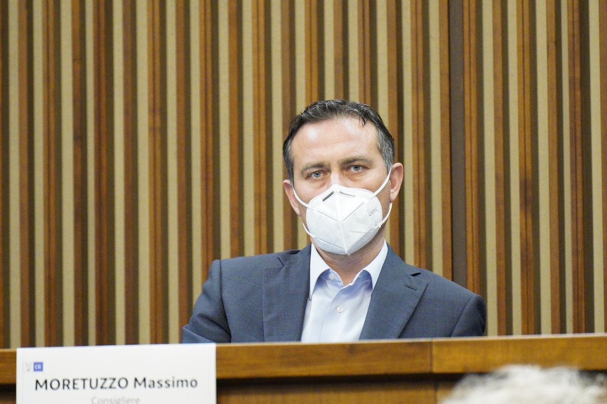 Salute: Moretuzzo (Patto), ferma condanna attacchi social ai medici